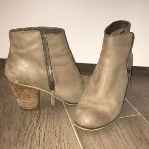 BP Trolley Ankle Boots